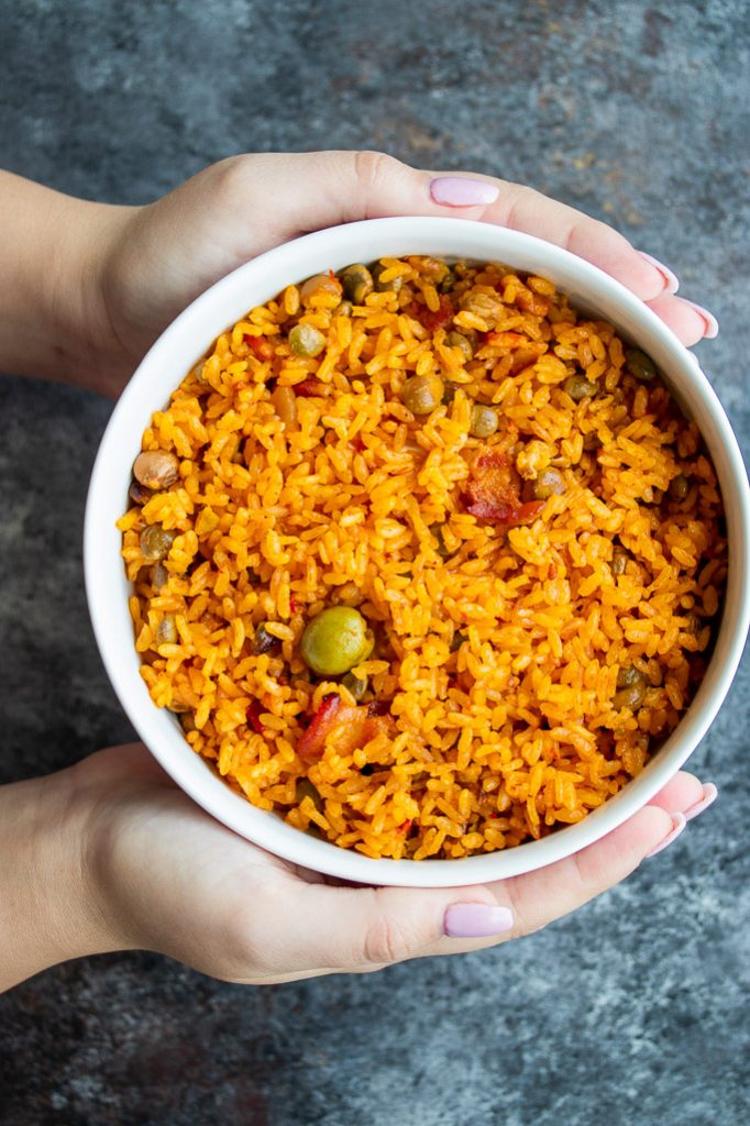 arroz con gandules traditional puerto rican rice with pigeon peas recipe