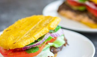churrasco steak jibarito puerto rican plantain sandwich recipe with tomato cilantro lettuce onion mayo ketchup
