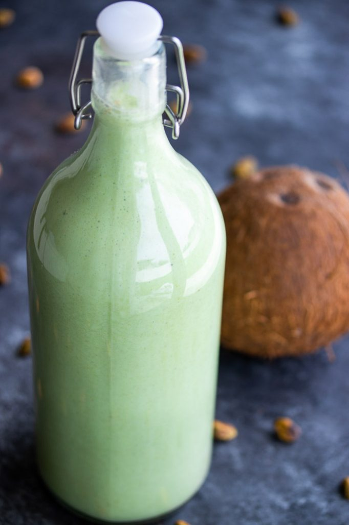 pistachio coquito traditional puerto rican drink recipe